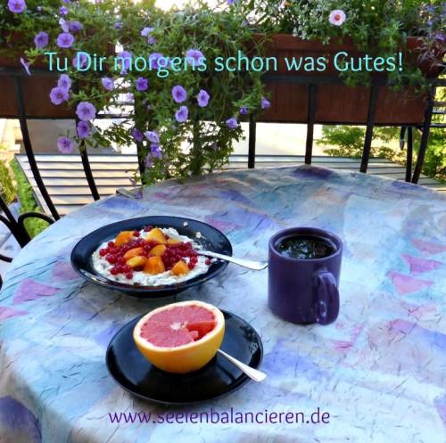 Postkarte Balkonfrühstück